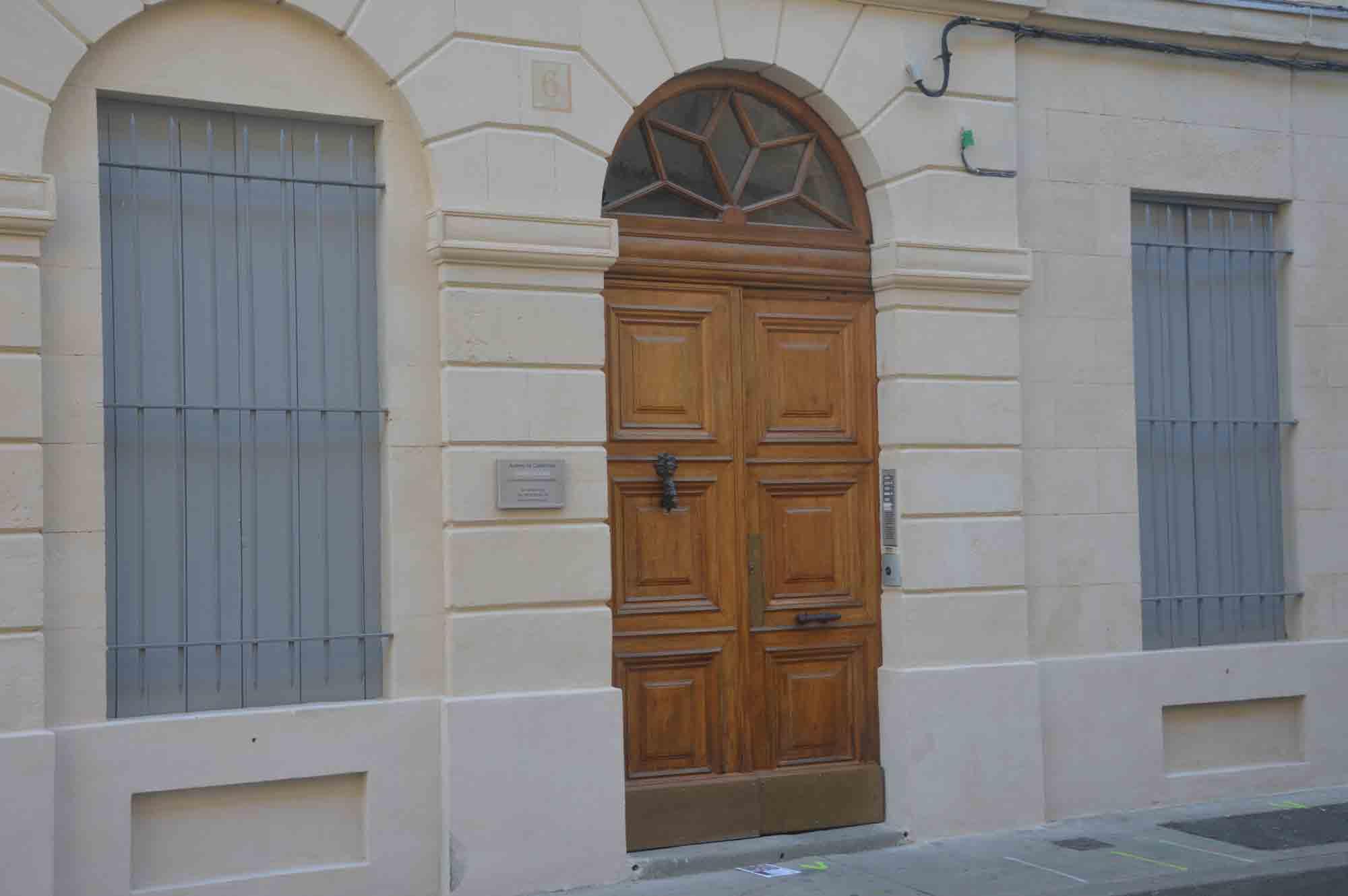 vue extérieur rue Pradier, Nîmes